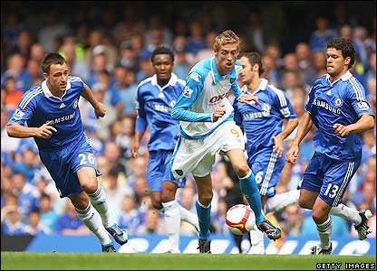 _44931991_crouch_getty416