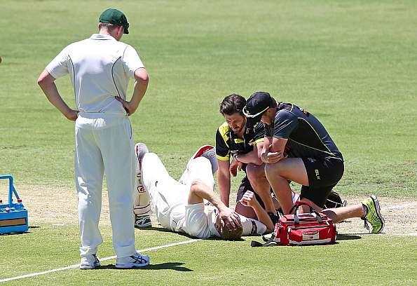 Adam Voges was hit by a bouncer during Western Australia's Sheffield Shield match against Tasmania