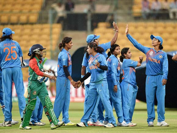 india-s-cricketers-celebrate-their-win-over-bangladesh-in-the-icc-women-s-world-t20-match-at-chinnaswamy-stadium-14581138902753.jpg