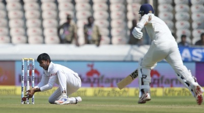 vijay-run-out-chance759.jpg