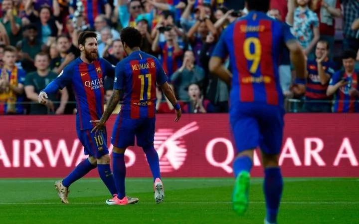 127896679_AFP_Barcelona27s-Argentinian-forward-Lionel-M-large_trans_NvBQzQNjv4BqGTz_azpPJfsO_0nBGCjI9GaPZizWEkyBv7cXSZgenCE.jpg