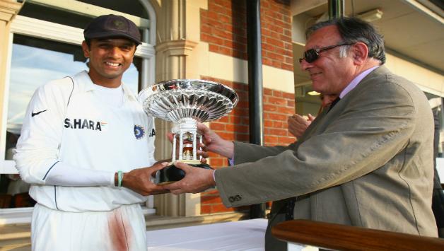 Pataudi Trophy.jpg