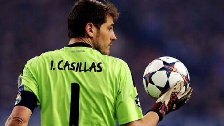 Iker-Casillas-portero-Real-Madrid_ECDIMA20141110_0009_3